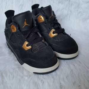 Jordan 4's 9c
